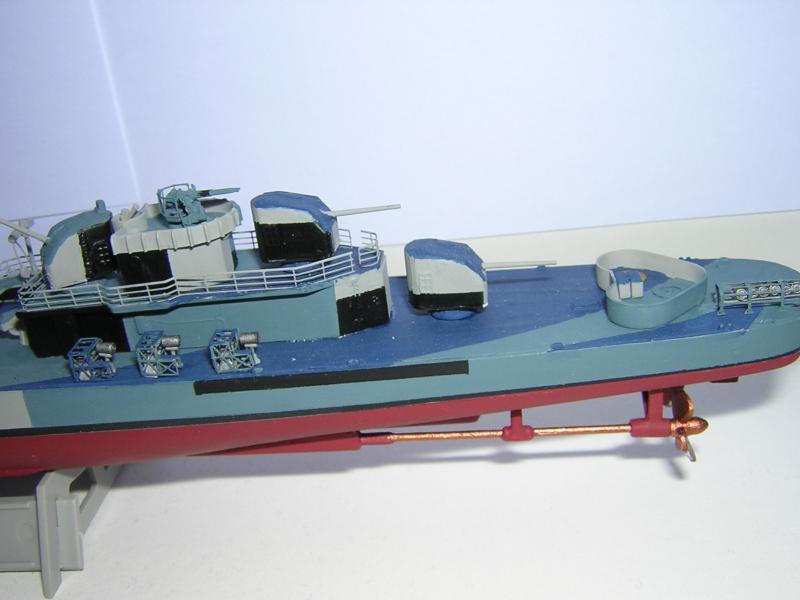 DD- 541 USS YARNELL 1/350, base Trumpeter 508743DSCN7077