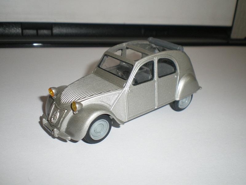 Citroën 2CV - 1957  - Dinky DY 32 - Matchbox Collection. 509609IMGP4672