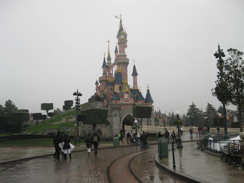 [Disneyland Paris] Disneyland Hotel - chambre Castle Club (8-10 décembre 2010) (début du TR p.9) - Page 8 510759IMG1897