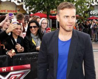 Gary à l'audition de X Factor - Londres O2 Arena 07-07-2011 511093normalMQ062