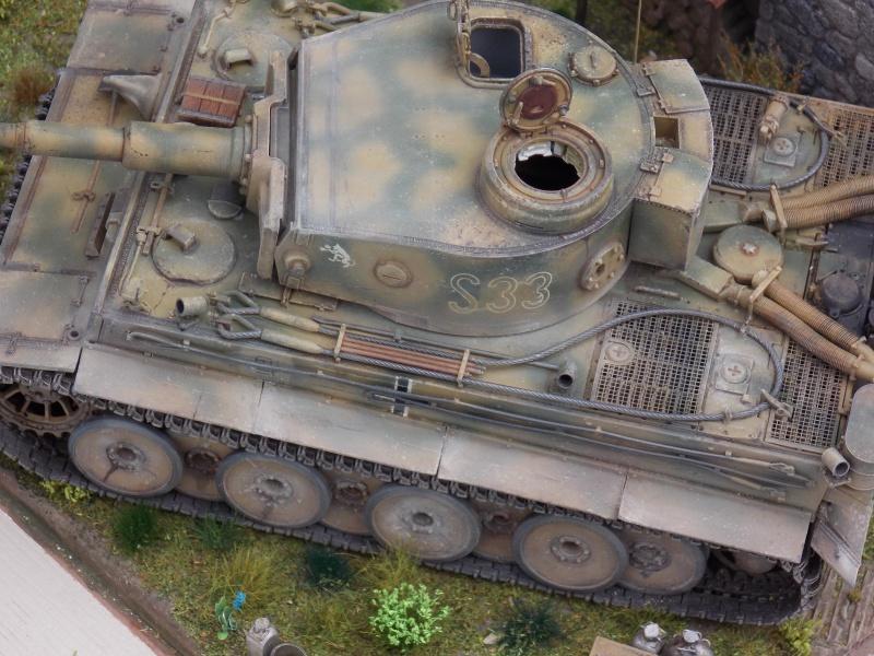 TIGRE S33  avant la bataille de Koursk juillet 43 (Dragon 1/35 dio DIODUMP) - Page 8 511542DSCN4711