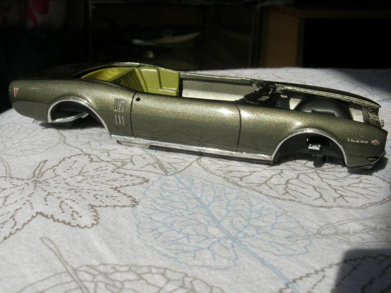 Pontiac Firebird 68 cab. (Fini)  514911DSCN9078