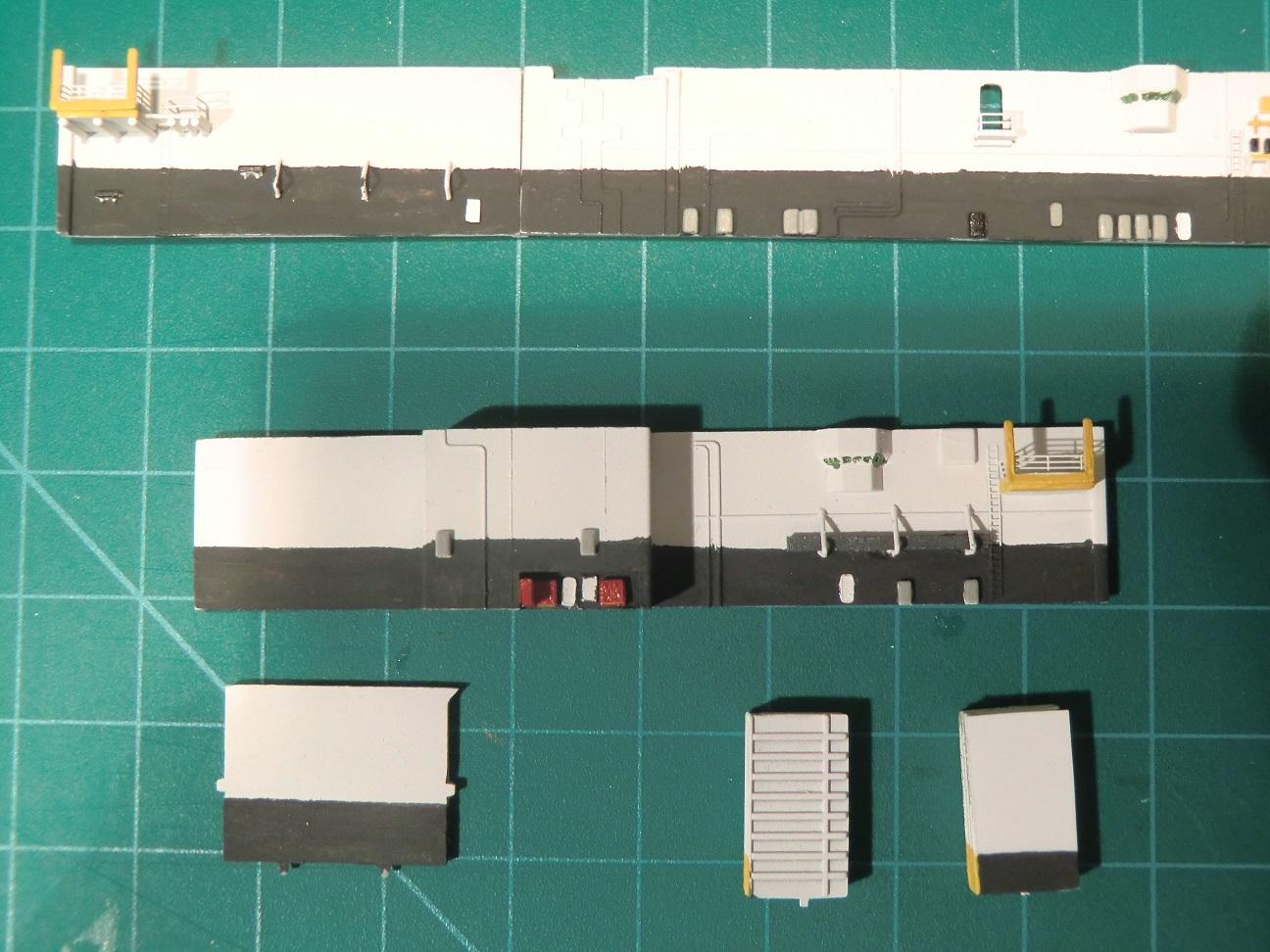 CVN 68 USS Nimitz Trumpeter 1/700  - Page 5 515350Nimitz44