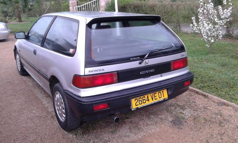Une Honda CIVIC EC9  de 1991 51615420160422074800
