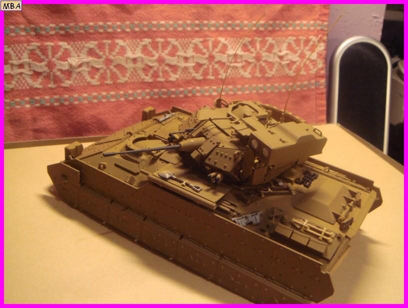 Le transporteur de troupe M2A2 par l'ancien au 1/35è Tamiya 521012m2a204jpg