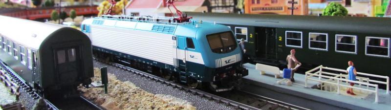 Une belle italienne en 3 rails chez Roco 523804IMG5788