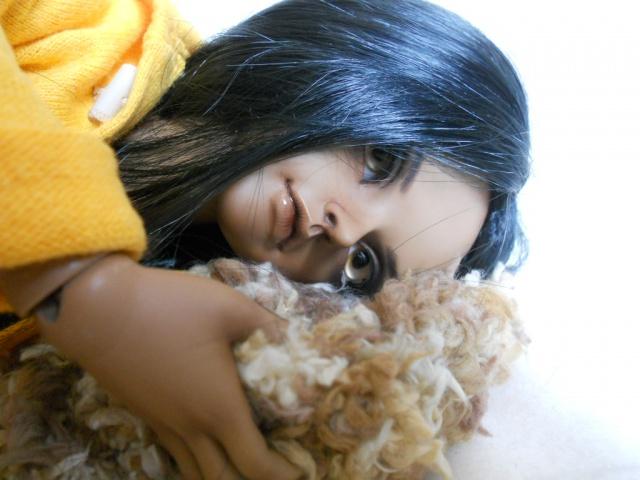 Nouvelles dolls : DimAria, LTF Ante et Lishe :) - Page 5 523877jaune3