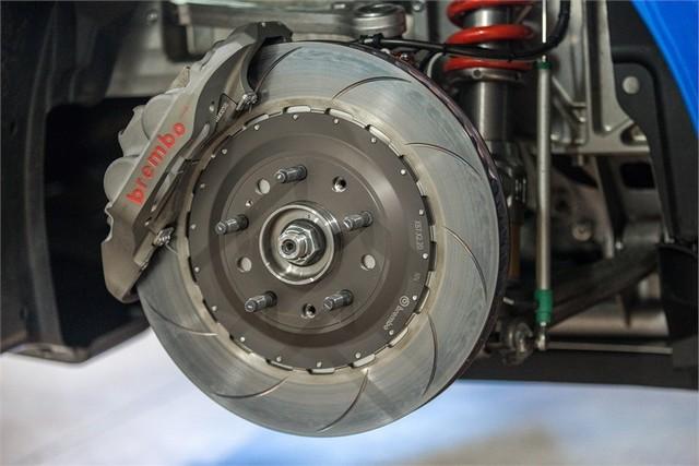 Alpine A110 Cup : une authentique voiture de course, taillée pour les plus grands circuits européens 528234211987172017AlpineA110Cup