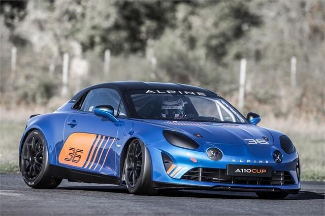 Alpine A110 Cup : une authentique voiture de course, taillée pour les plus grands circuits européens 529880211987052017AlpineA110Cup