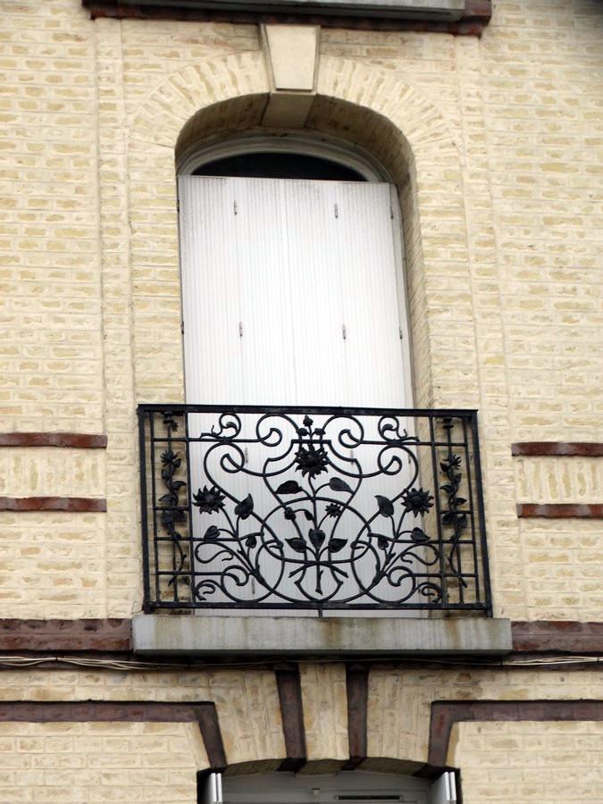 Balcons en fer forgé - Page 2 530619005Copier