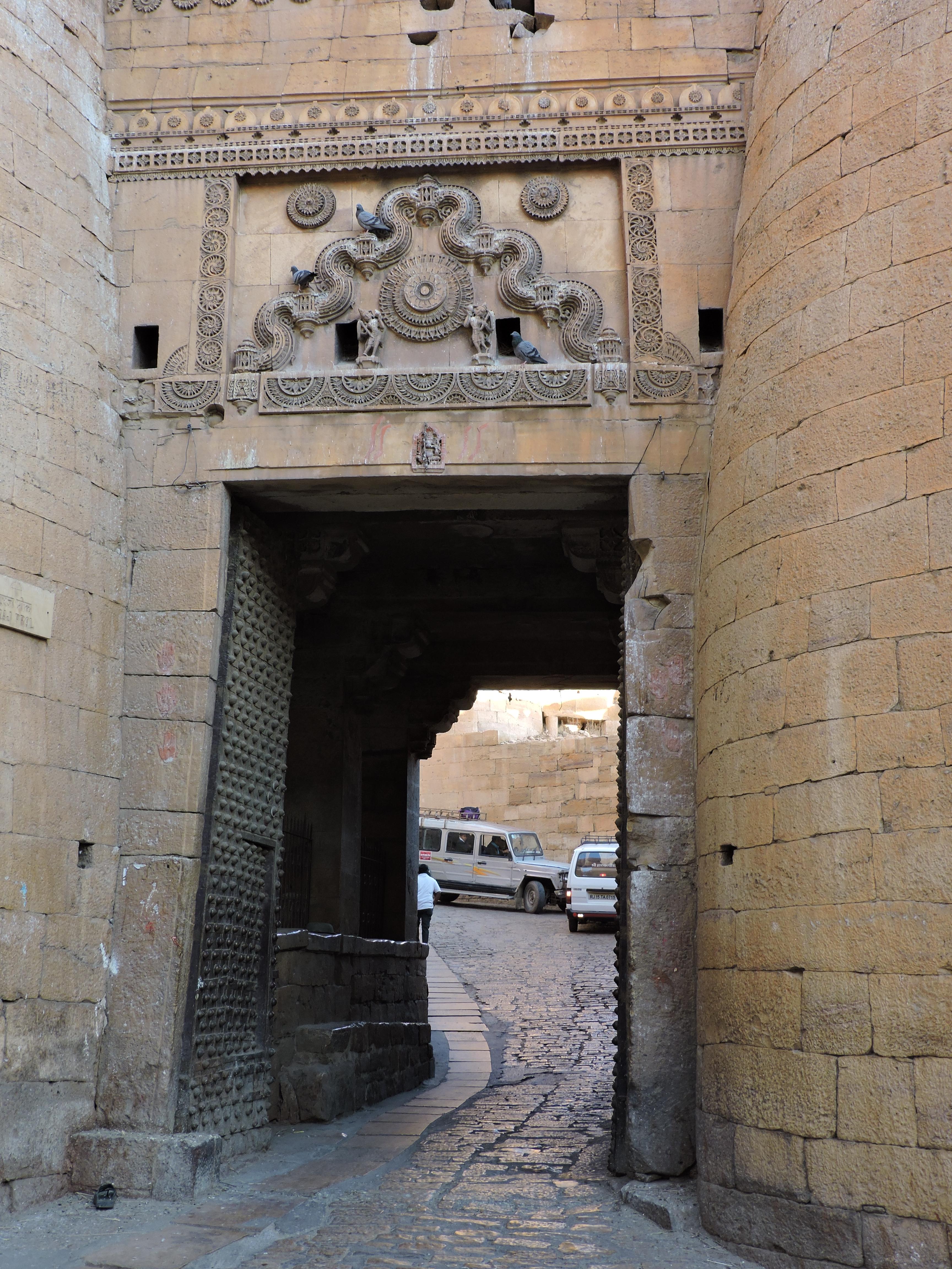 Fil ouvert-  Dates sur façades. Année 1602 par Fanch 56, dépassée par 1399 - 1400 de Jocelyn - Page 4 533822LINDEJocelyn022017285