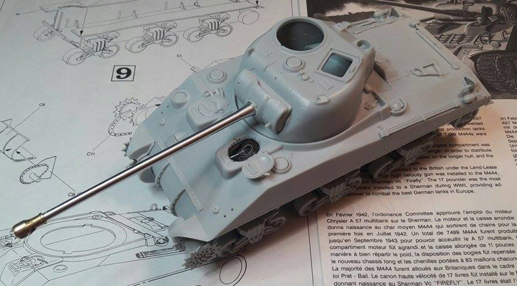 Sherman Vc Firefly - 1/35ème - kit Dragon #6031 Sherman Vc 'Firefly' 534620Etapes4a9