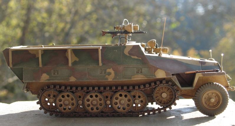 Sd.Kfz. 251/20 Ausf D 'Falke' AFVclub 1/35 536156IMG0128
