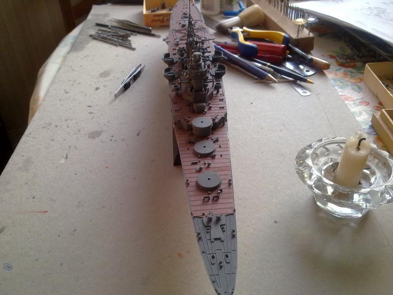 croiseur lourd Mogami au 1/350 par Pascal 94 - Tamiya  - Page 4 536576vuedensemblejpg