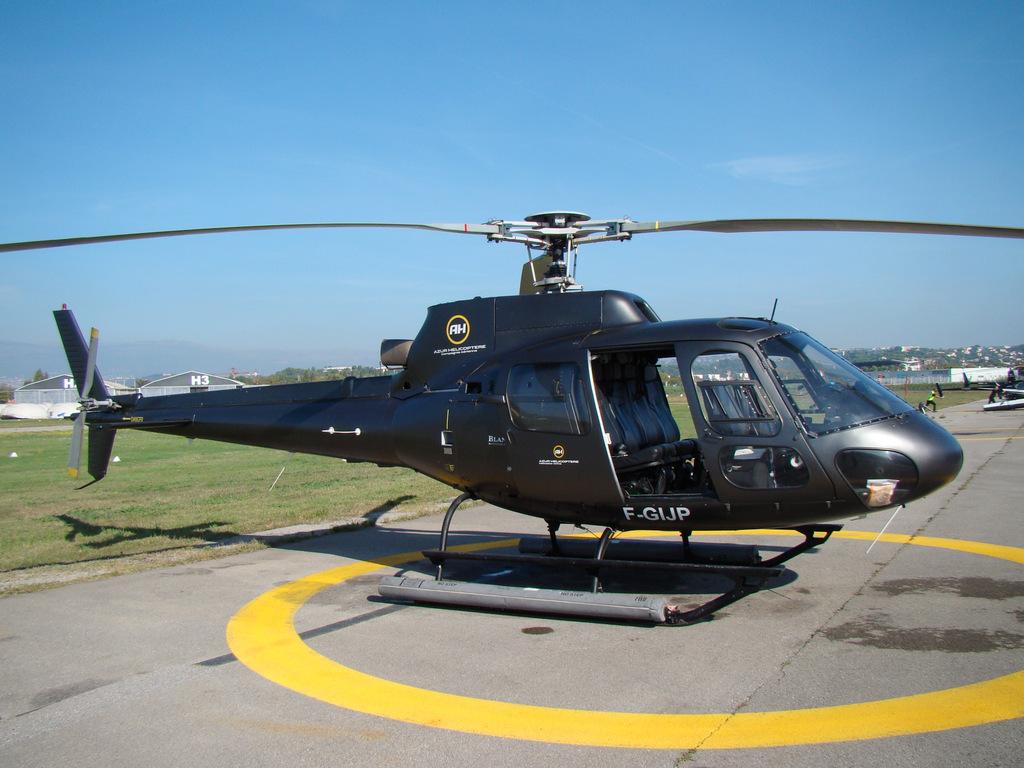 Vols en Ecureuil AS350 BA à Cannes 540824DSC03758