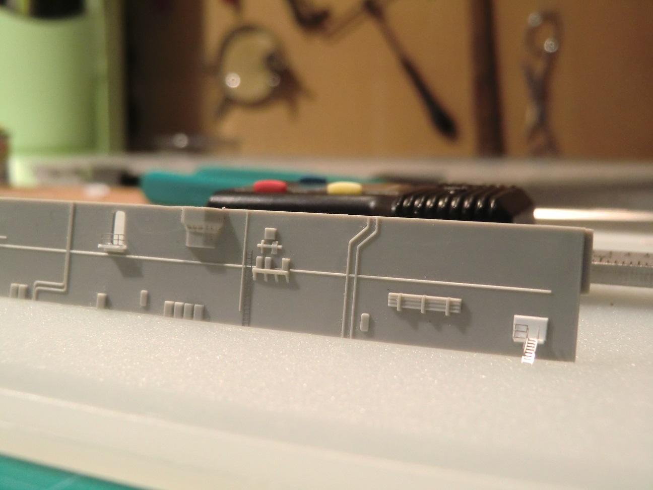 CVN 68 USS Nimitz Trumpeter 1/700  - Page 4 541001Nimitz30