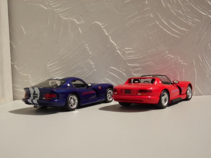 Dodge Viper RT10 et GTS. 546478SAM5037