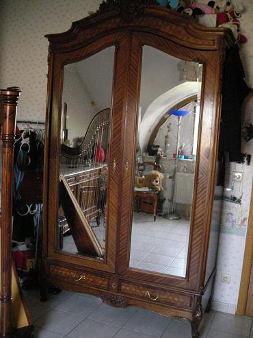 chambre besoin de conseils. Black Bedroom Furniture Sets. Home Design Ideas