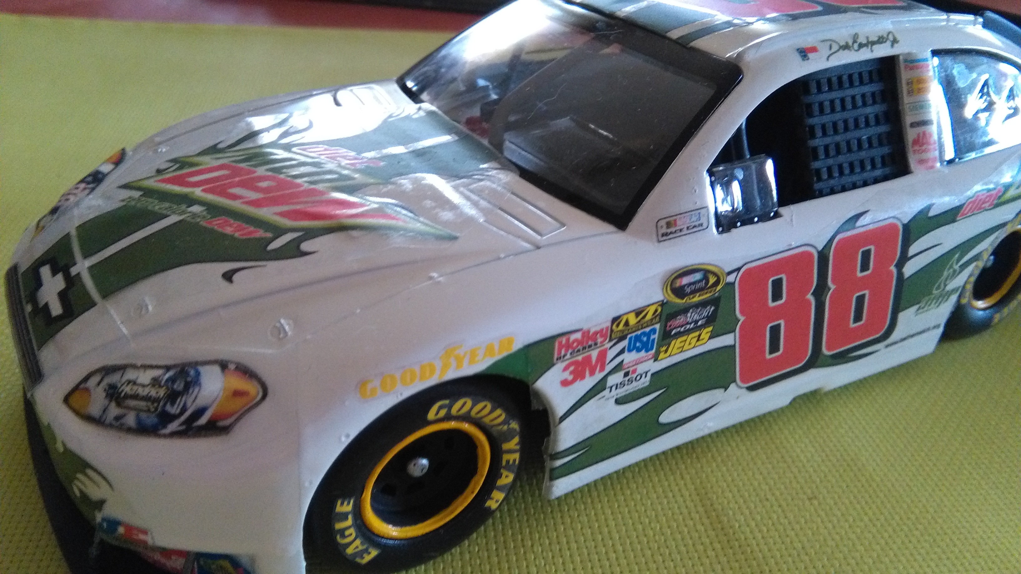 Chevy Impala 2010 #88 Earnhardt jr Mountain dew diet 553812IMG20160320150446