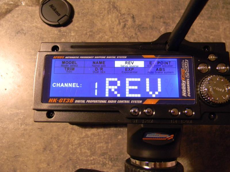 [Tuto] présentation radio à volant HK GT3B  554225DSCN0126