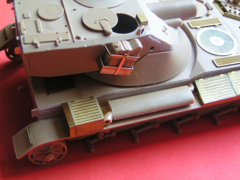Kit de détaillage de l'AMX 13/75 de Heller 35ème 555837PICT0022