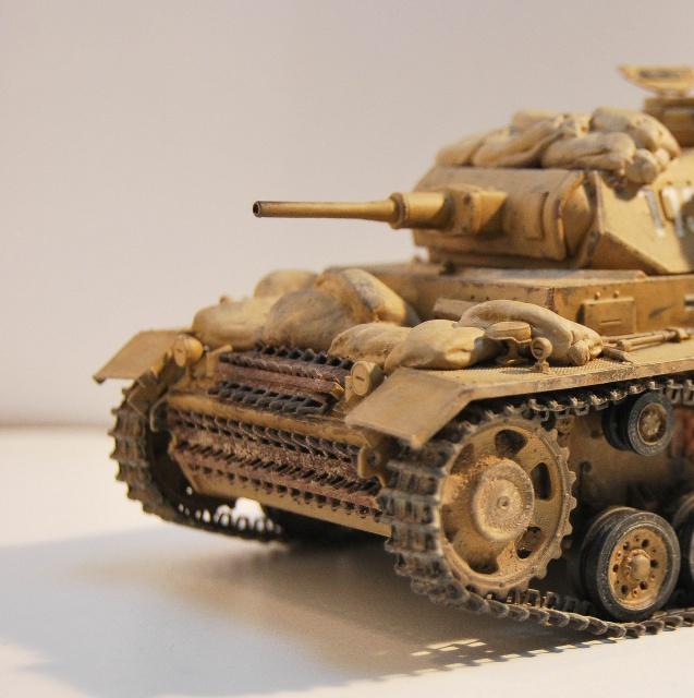 DRAGON - Panzer III J tp (DRAGON) 556244DSC0811