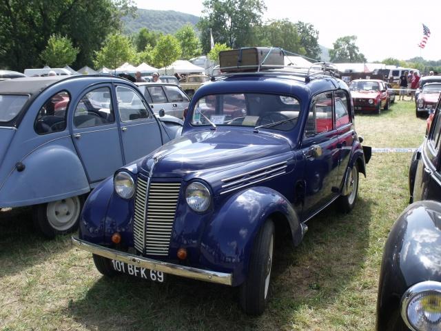 23e rassemblement de véhicules anciens et d'exception de Verna (38) - 2013 - Page 10 558147150RenaultJuvaquatreBFK41948