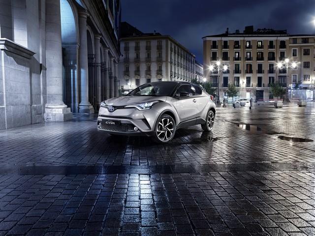 Les Hybrides Électrisent Les Ventes De Toyota En Europe 5601402016CHRStatic10
