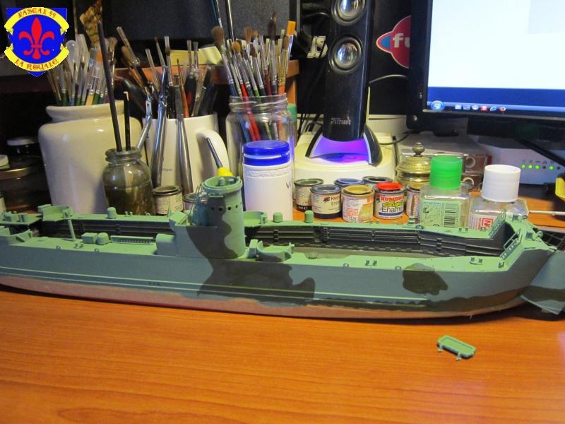U.S. Navy Landing Ship Médium (Early) au 1/144 de Revell par Pascal 94 - Page 6 561242IMG42301