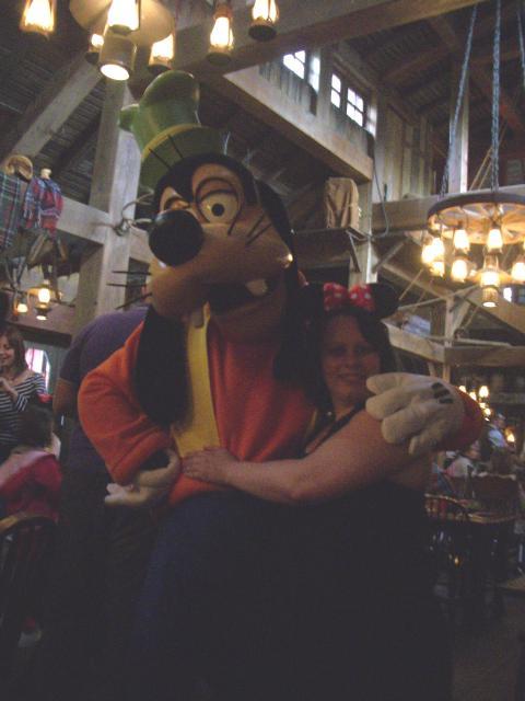 Un anniversaire chez Mickey les 9 & 10 juin 2011 - Hôtel Cheyenne  563377IMGP0327