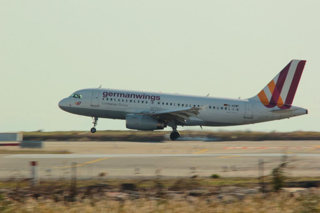 Aéroport de Nice Côte d'Azur , [LFMN-NCE] - Page 6 568916IMG1257