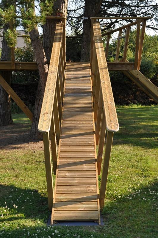 Projet de toboggant pour la cabane dans les arbres de mon fils, vos idées? - Page 3 569351Cabane15