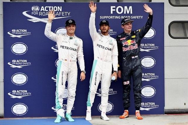 F1 GP de Malaisie 2016 (éssais libres -1 -2 - 3 - Qualifications) 5716092016GPdeMalaisieRosbergHamiltonVerstappen