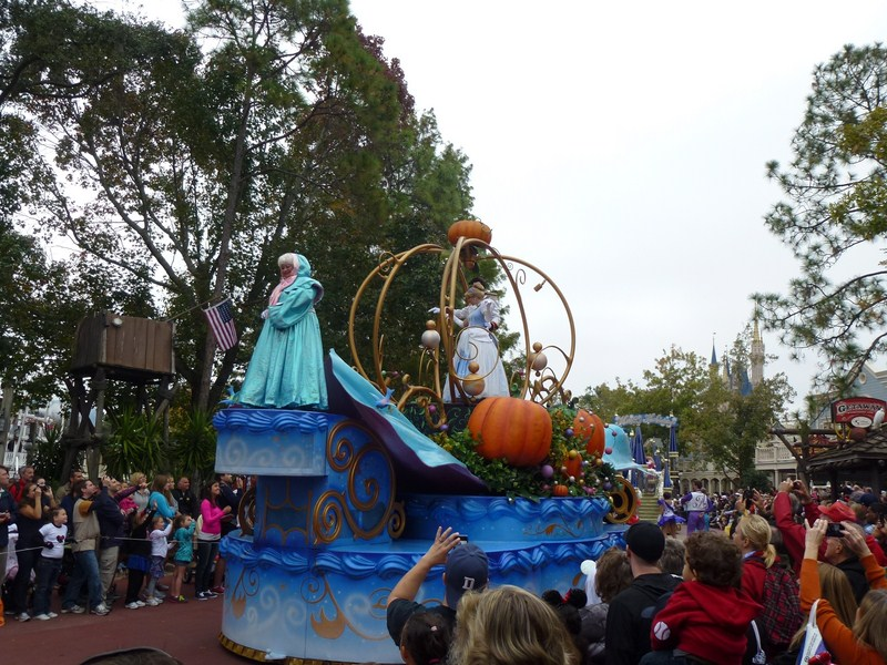 Happy Hollidays in WDW November 2012 - Page 40 574155wwdwnoel20123503