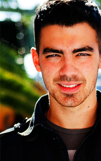 ma p'tite galerie! - Page 2 575872joejonas257