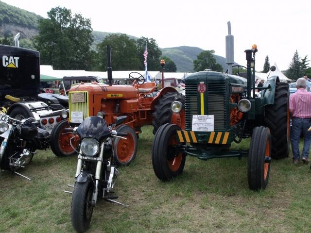 23e rassemblement de véhicules anciens et d'exception de Verna (38) - 2013 - Page 5 57718882