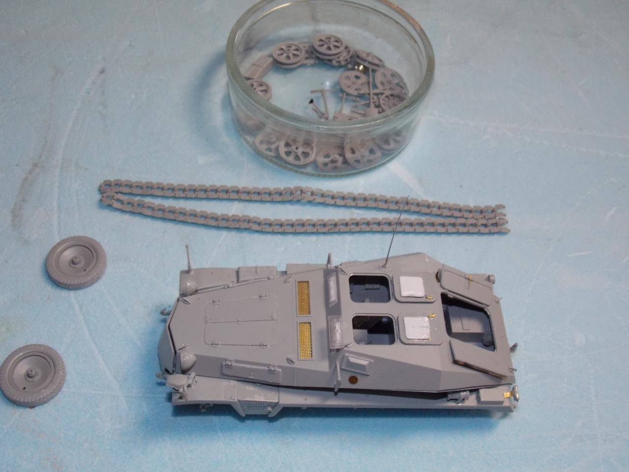 Quelque part front est été 41  Stug III ausf B (tamiya ) et SdKfz  252 (dragon ) 1/35 577297DSCN5374