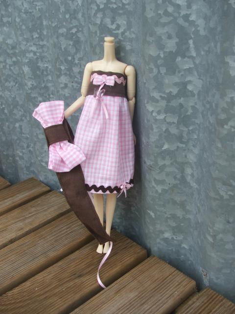 Besoin d'un mannequin couture BOBOBIE MEI P1 tt en haut 579759DSCF0785