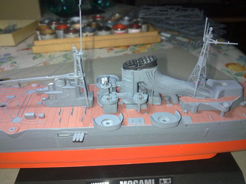 croiseur lourd Mogami au 1/350 par Pascal 94 - Tamiya  - Page 4 579770montagepasserelledca2jpg