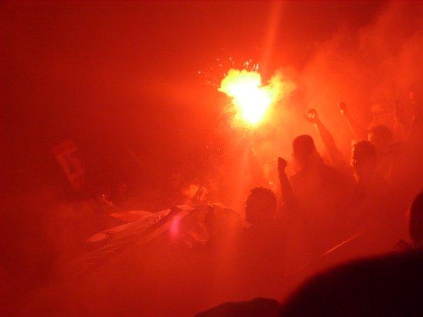 Photos Pyrotechnie (Torches, Pots à Fumée...) - Page 21 581299n737713577_755911_2432