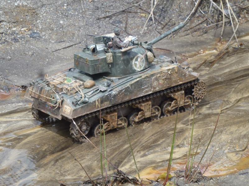 Sherman modifié M4A4 de la 1ère DB  - Page 2 584805P1110301