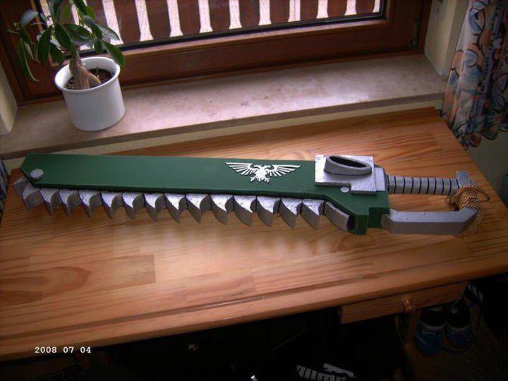 L'Armurerie W40K :  armes pour les grands enfants ! 586488epeetronconneuse