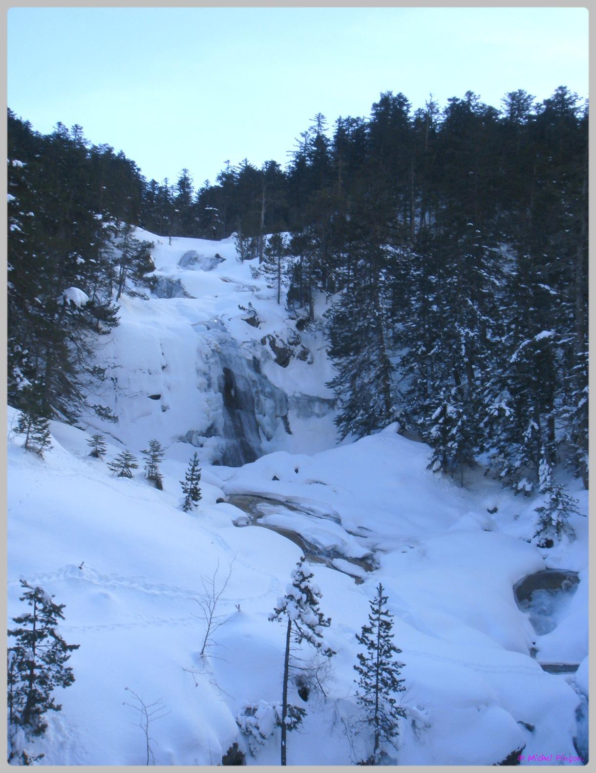 Une semaine à la Neige dans les Htes Pyrénées - Page 2 588675DSC012010