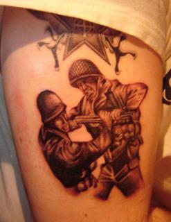 Call Of Duty dans la peau ... 596097callofdutytattoothumb2