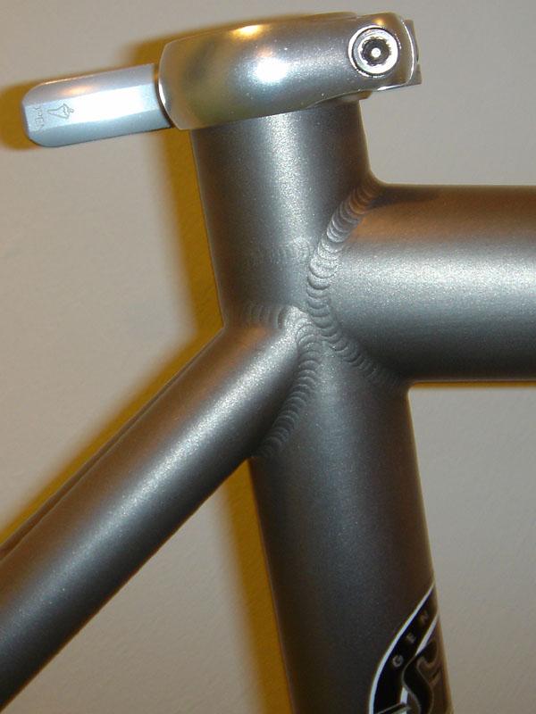 Spot Brand 597429spot_brand_ssp_titanium_000_001