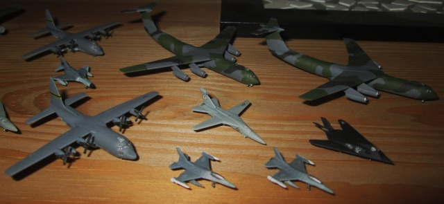 Quelques avions au 1/700 600444IMG0594