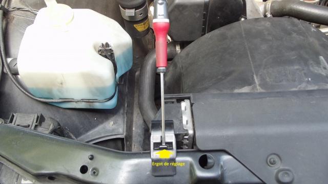 [BMW 316 i E36] Fixations du radiateur d'eau 60103759Agrafefixationradiateur