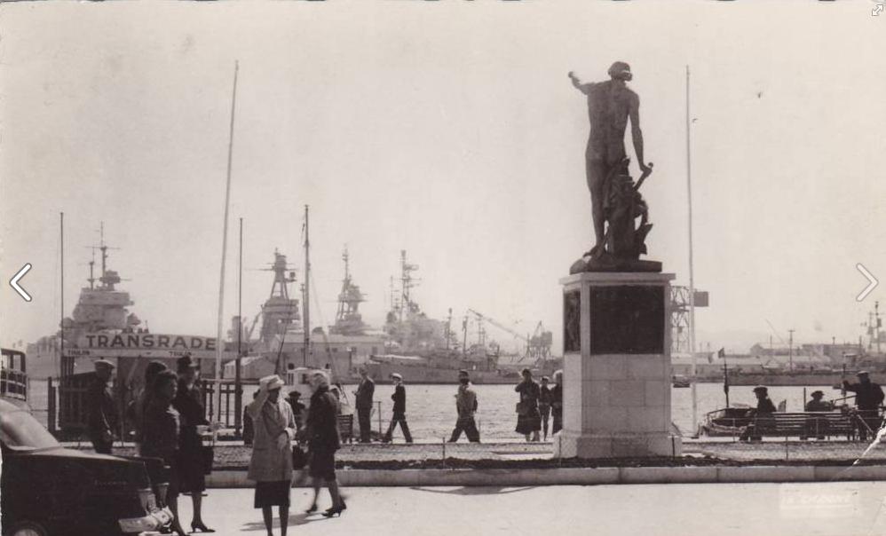 [Les ports militaires de métropole] TOULON au début des années 60 - Page 23 604054115