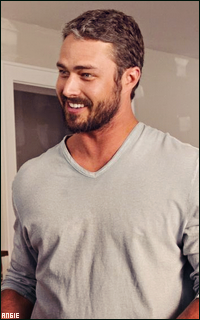 Ma petite galerie des horreurs - Page 11 604722TaylorKinney11
