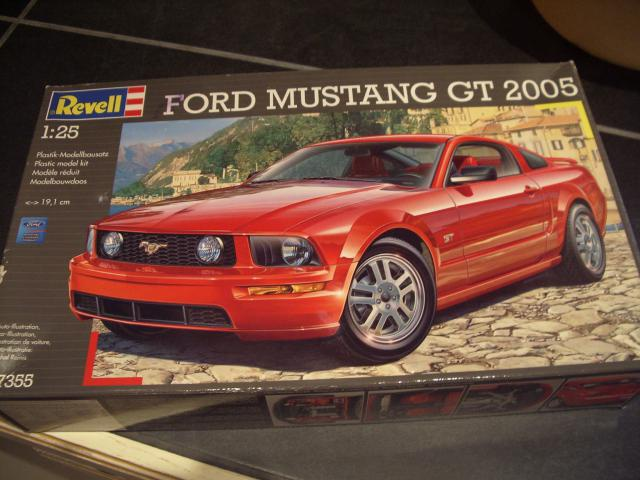 ford mustang GT 2005 au 1/25 60529753m0